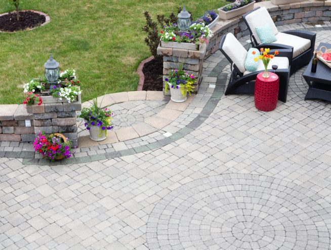 How to lay a patio 38